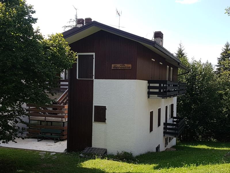 Letto A Castello Olimpo.Agenzia Immobiliare Le Torri Nevegal Appartamento In Nevegal